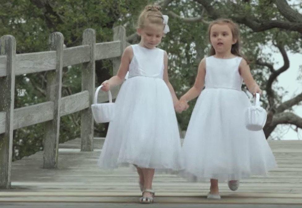 white-dress-flower-girls-whalehead-club